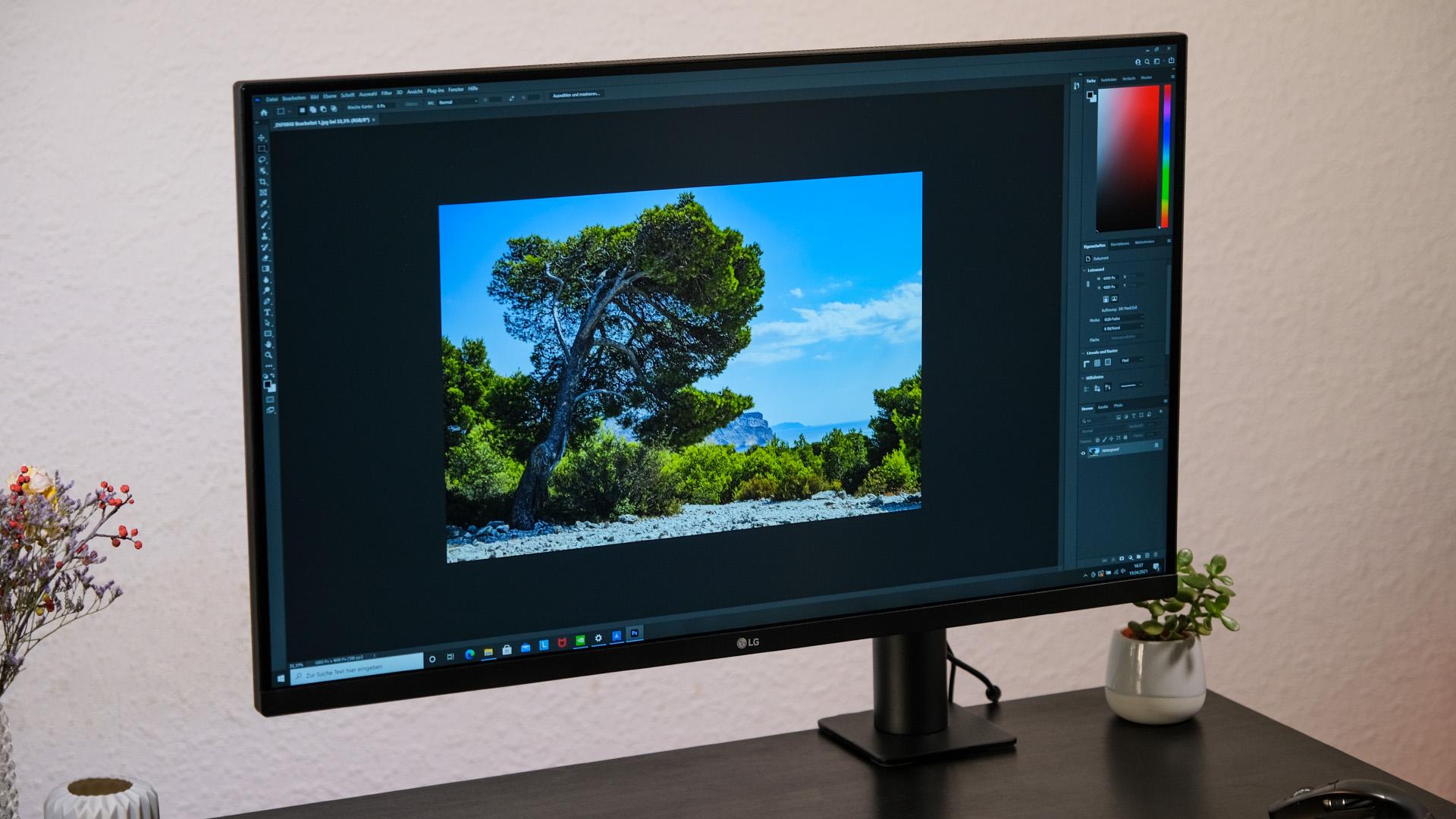 LG 32UN880-B Ergo Ultrafine Monitor Test Review Photoshop