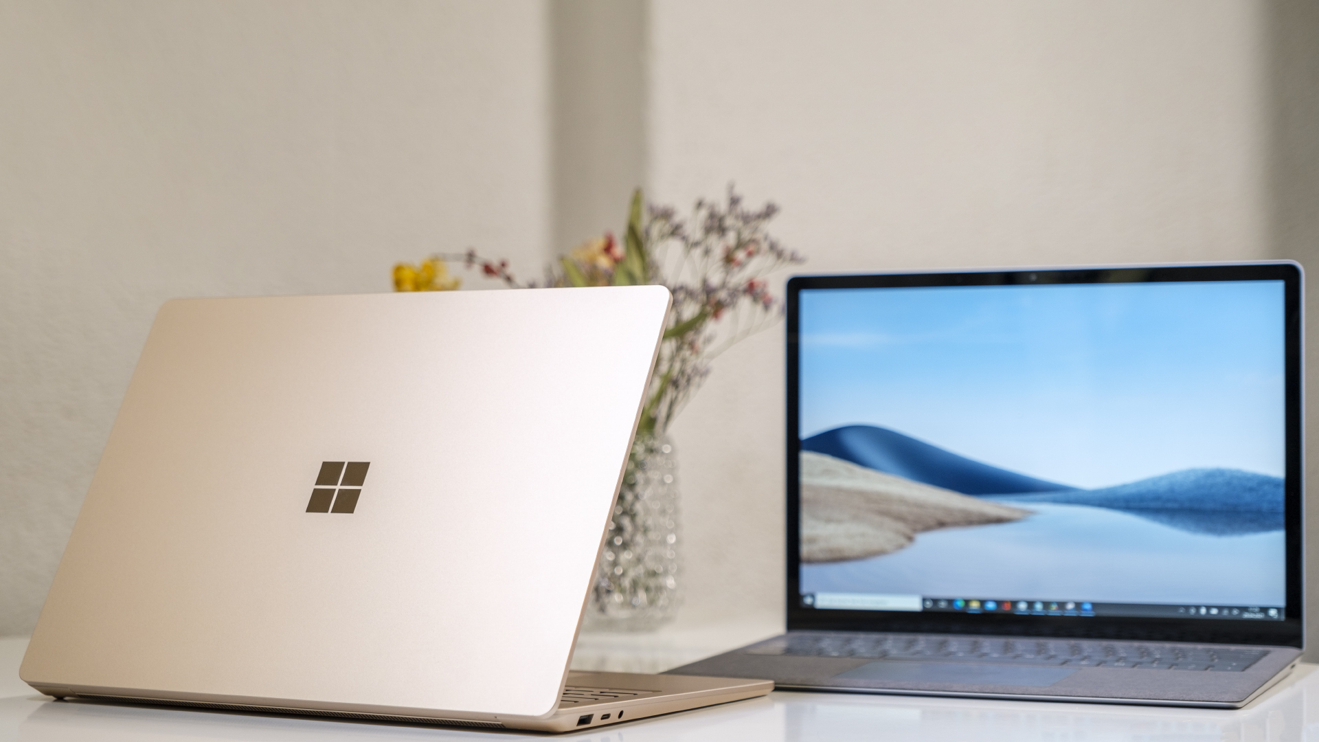 Microsoft Surface Laptop 4 13 5 Intel Sandstein AMD Platin