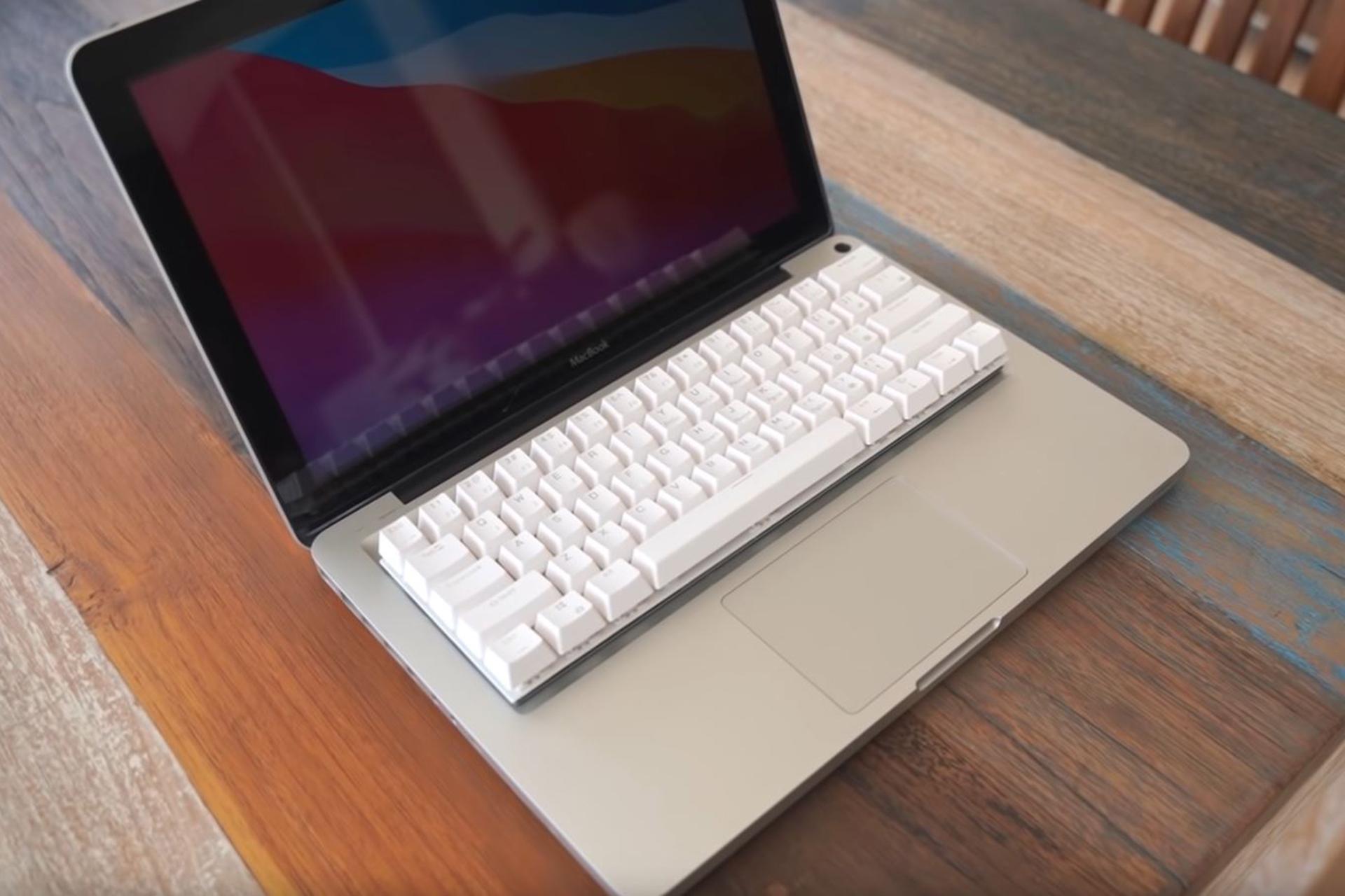 Mechanische Tastatur macht MacBook zum MechBook