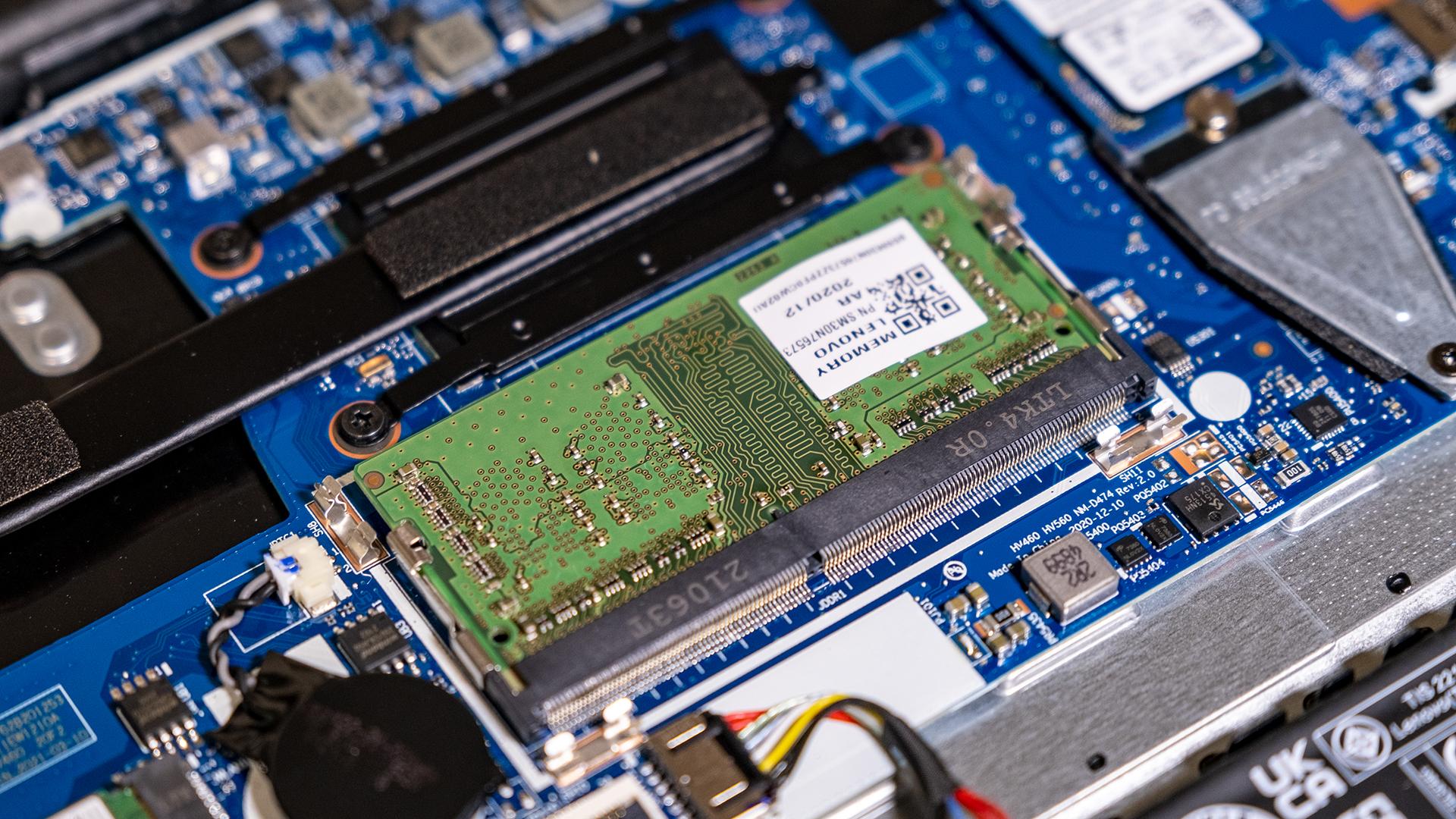 Lenovo V15 G2 RAM