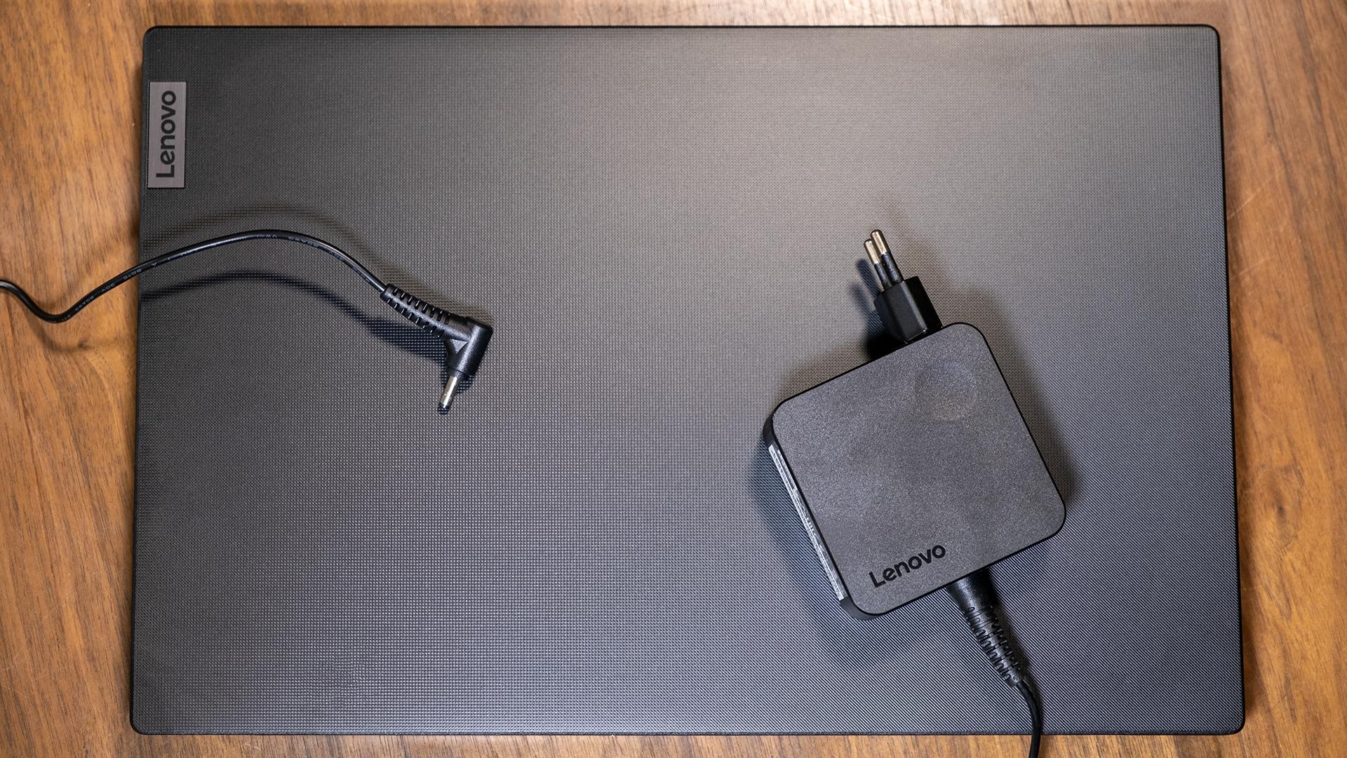 Lenovo V15 G2 Totale Deckel Netzteil