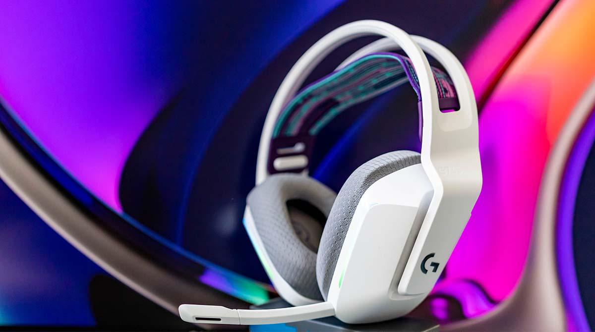 Logitech G733 Lightspeed im Test: Drahtloses Headset für Streamer