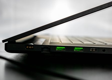 Razer blade pro ports