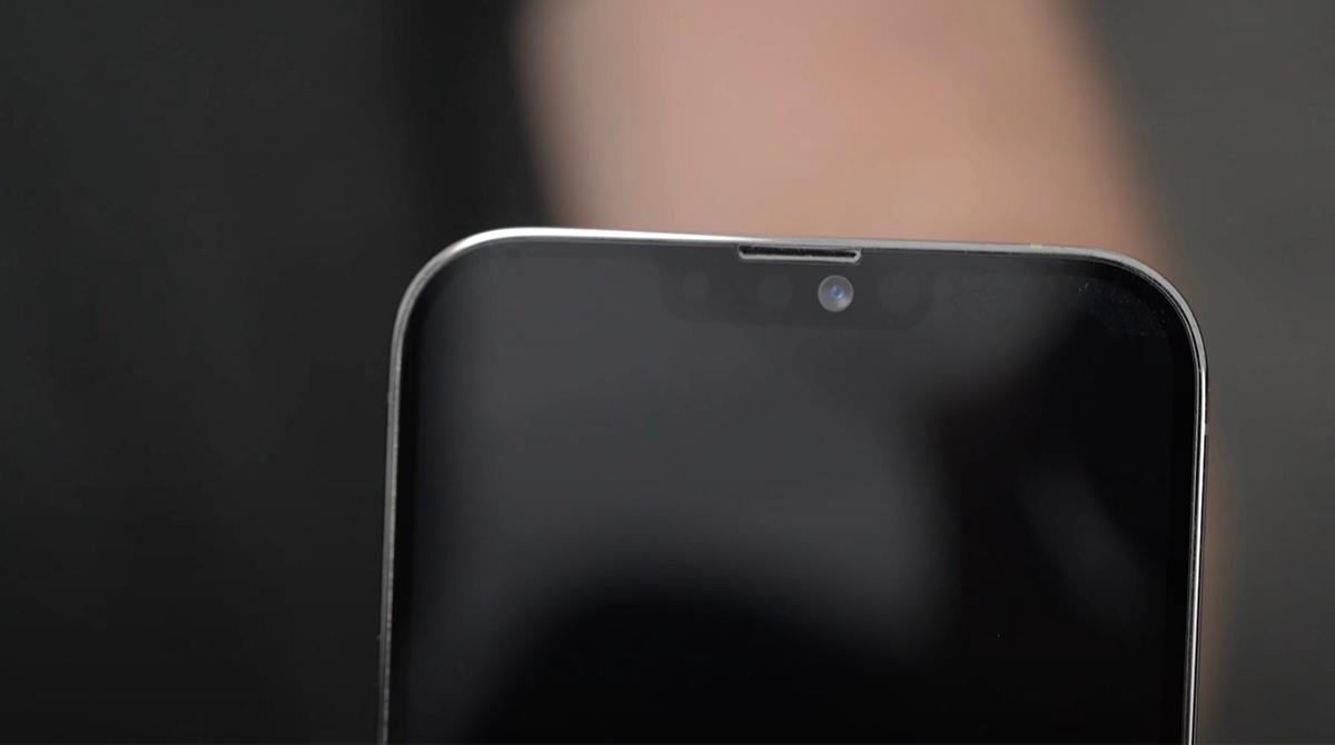iPhone 13 Pro Max: Video zeigt kleinere Notch und versetzten Speaker