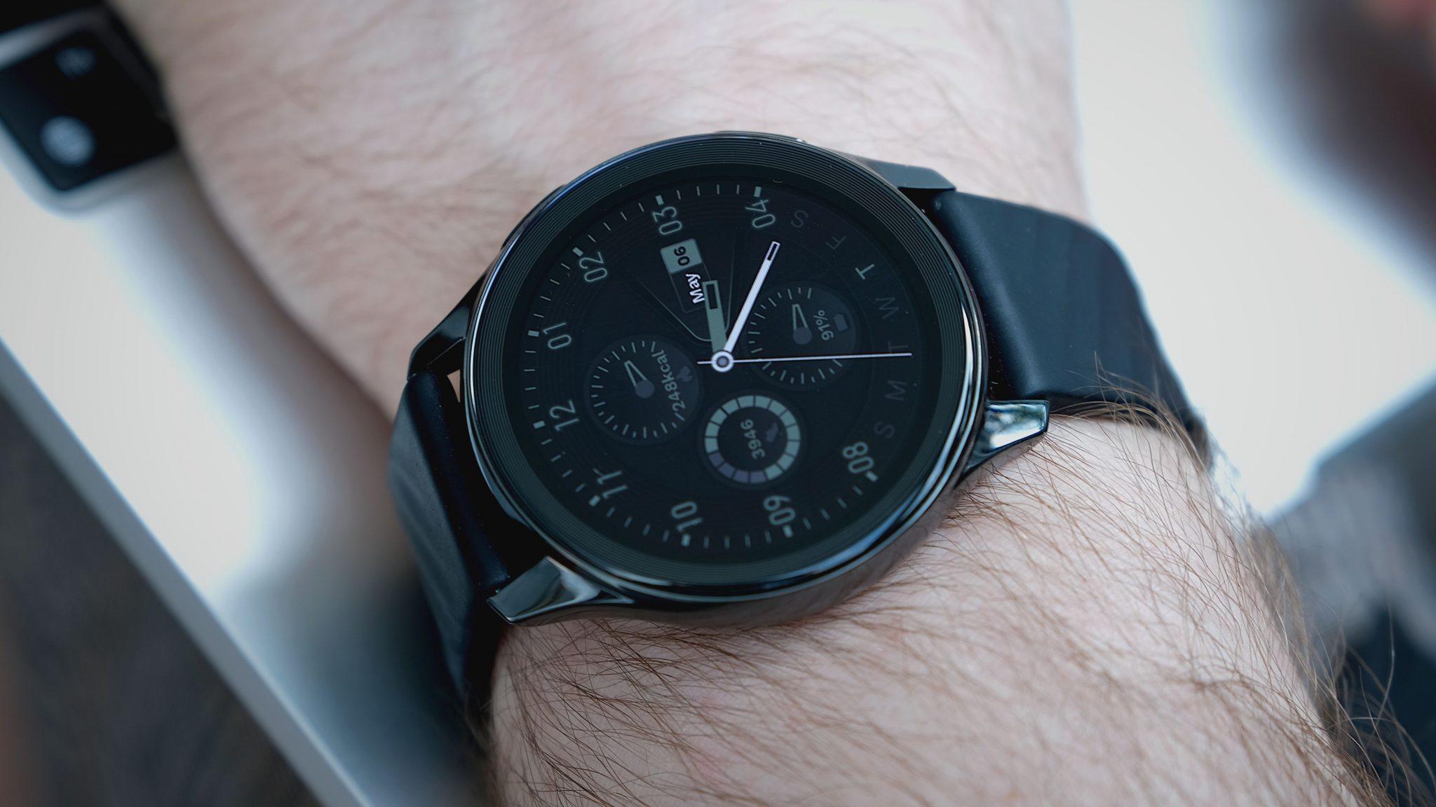 OnePlus Watch: Clevere digitale Uhr mit Eigenheiten