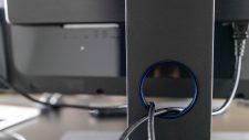 BenQ PD3200U Review - Kabelführung