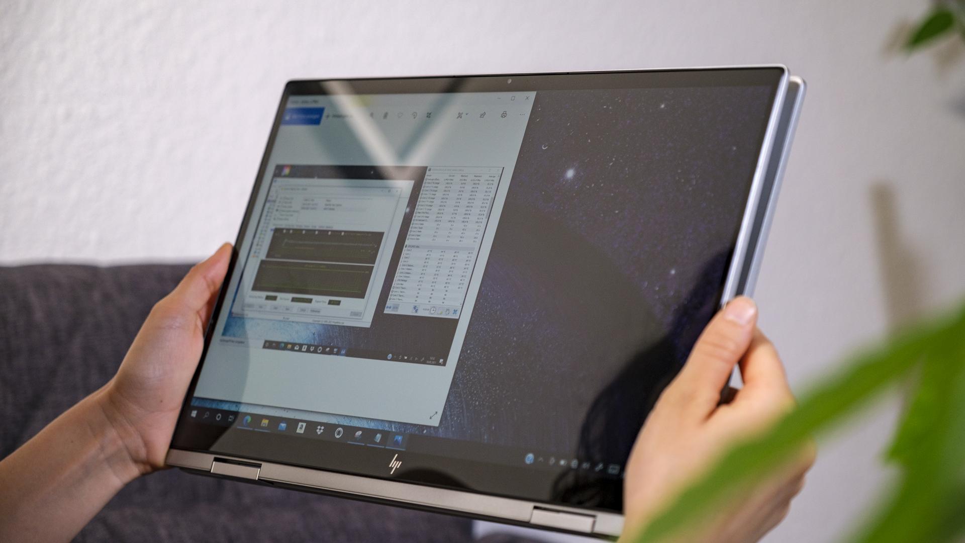HP ENVY x360 15 Display Tablett spiegelnd