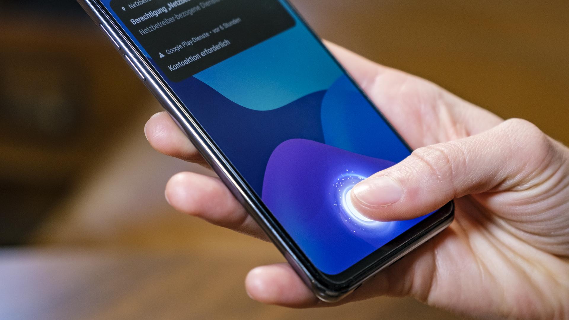 Realme GT 5G Fingerprint Reader