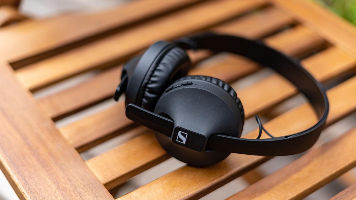 Sennheiser HD 250BT Wireless im Test: Leichter On-Ear-Kopfhörer mit aptX (LL) für wenig Geld