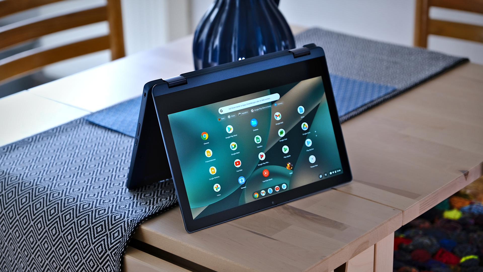 Flex 3 Chromebook foldable