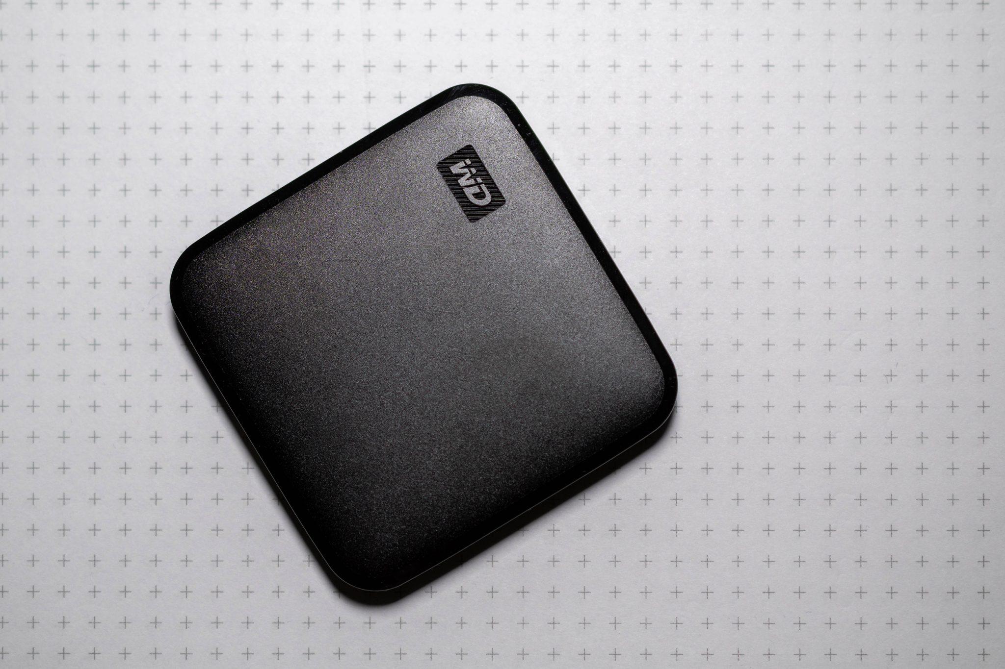 Kurztest WD Elements SE: Kleine, leichte und robuste SSD für unterwegs